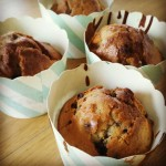 Muffin aux myrtilles, pignons de pin et écorce de pamplemousse