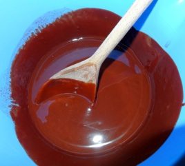 Beurre et chocolat fondu pour recette moelleux au chocolat