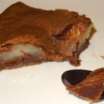 Tourte poire chocolat part et cuillere