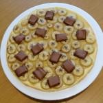 Tarte à la banane et au chocolat au lait vue de dessus
