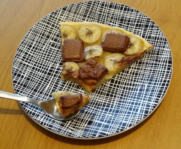 Tarte à la banane et au chocolat part de tarte